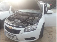 FAR ESQUERRE CHEVROLET CRUZE L